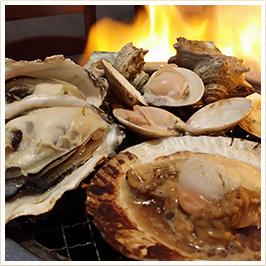 美味しく楽しく賑やかに! 絶品の牡蠣をバーベキュースタイルでお楽しみください!